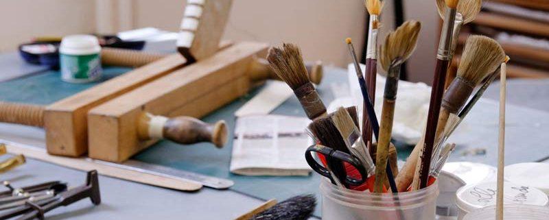 Pennelli e attrezzi da lavoro (atelier)