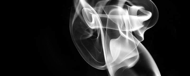 SMOKE #13, di Stefano Bonazzi (Digital composition printed on photographic fine art paper behind plexiglass plate, Size 100 x 150)