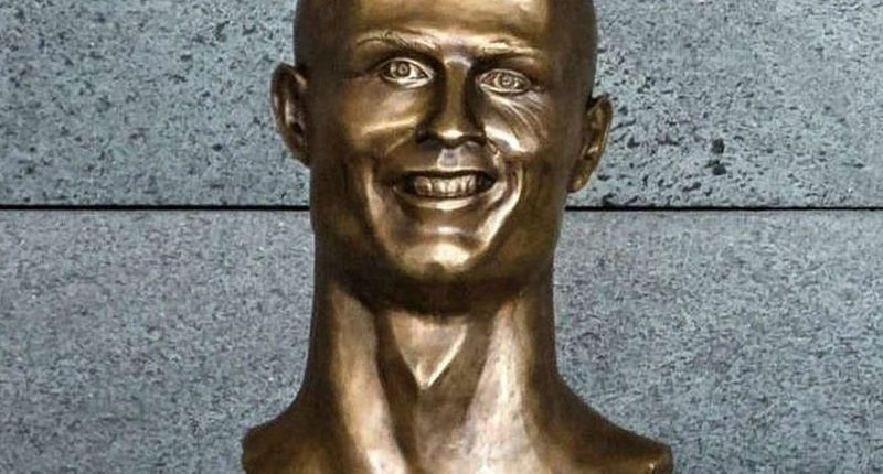 La celeberrima statua di Ronaldo, l'Antagonista della saga Real Madrid - Juventus