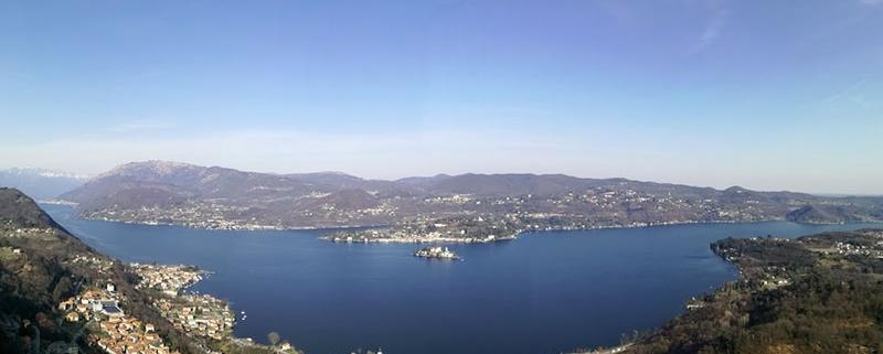Veduta del lago d'Orta